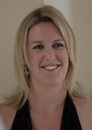Soprano, Catherine is available to hire